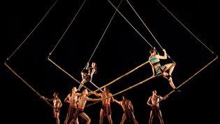 Teh Dar, spectacle du Nouveau Cirque du Vietnam (Lune Production)