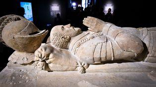 Michel de Montaigne représenté sur un cénotaphe (une sépulturen'abritant pas de corps) exposé au musée d'Aquitaine, à Bordeaux (UGO AMEZ / SIPA)
