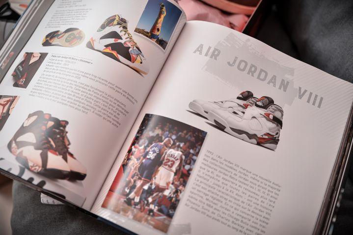 Cultissimes Sneakersby Tonton Gibs aux éditions Larousse (Tonton Gibs)
