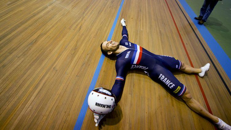 A Cali, en février, François Pervis avait régné sur le sprint mondial en décrochant 3 titres (LUIS ROBAYO / AFP)