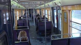 Transports : les nouvelles rames du RER B se font attendre en région parisienne (France 3)