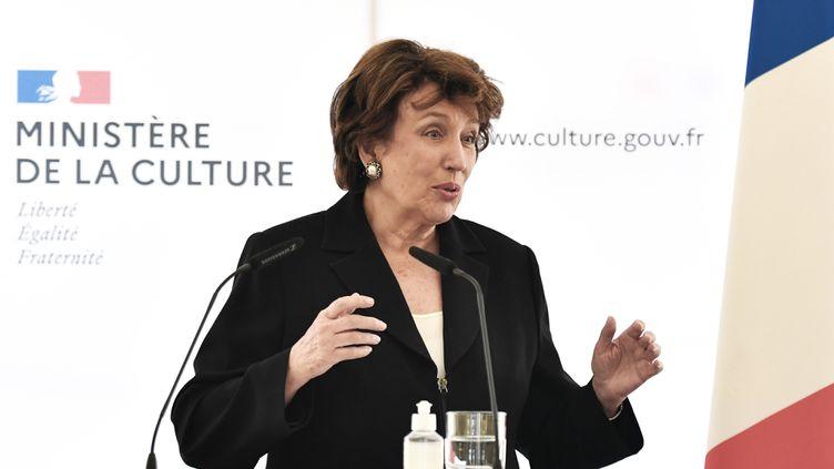 La ministre de la Culture Roselyne Bachelot lors de la cérémonie depassation de pouvoirs à l'Opéra de Paris. (STEPHANE DE SAKUTIN / AFP)
