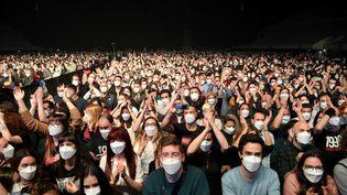 Un concert-test organisé à Barcelone, en Espagne, le 27 mars 2021. (LLUIS GENE / AFP)