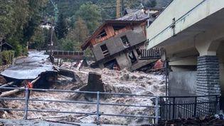 Une maison s'est effondrée après des intempéries à Limone Piemonte, en Italie, le 3 octobre 2020. (ANSA / AFP)