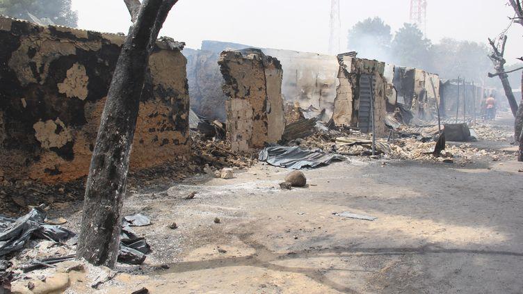 Après une attaque contre la localité d'Auno, dans le nord-est du Nigeria, apparemment menée par les jihadistes du groupe ISWAP le 9 février 2020. (AUDU MARTE / AFP)