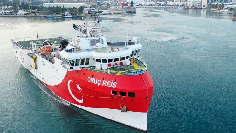 """Le navire de recherche sismique turc """"Oruç Reis"""", le 23 décembre 2020. (BEKIR BEKTAS / ANADOLU AGENCY)"""