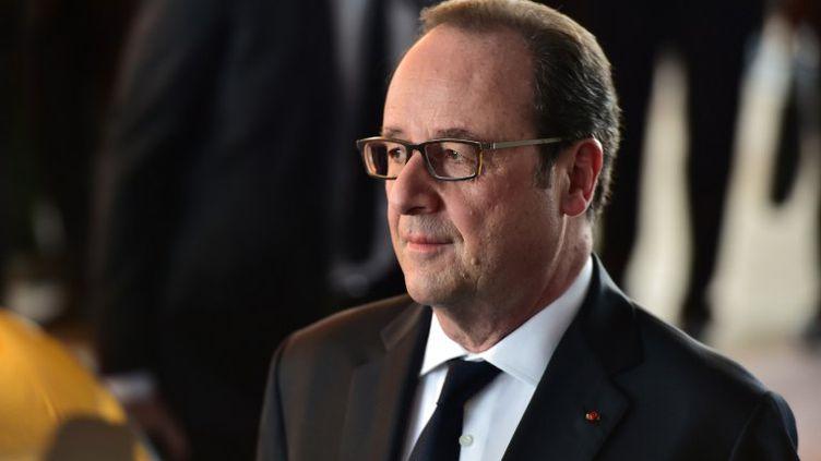 """François Hollande a confié à notre correspondante Dominique André, que la vie d'après, pour lui, """"ce n'était ni la retraite, ni un retrait"""". (CHRISTOPHE ARCHAMBAULT / AFP)"""