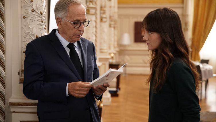 """Fabrice Luchini et AnaïsDemoustier dans """"Alice et le maire"""" (Bac Films)"""