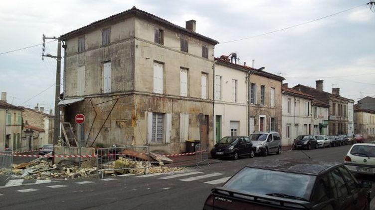 Une maison de Cognac touchée par l'orage dans la nuit du 8 au 9 juin 2014. (J.DEBOEUF / FRANCE 3 POITOU-CHARENTES)