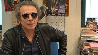 Philippe Manoeuvre avait interviewé plusieurs fois David Bowie  (France 3 / Culturebox)
