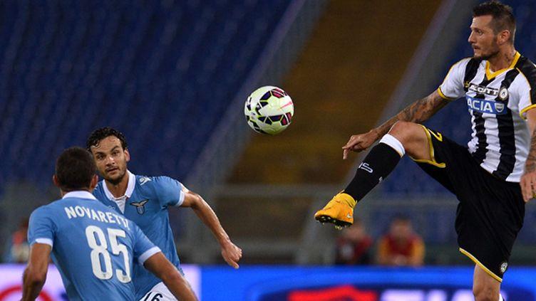 L'attaquant français Cyril Théreau, 3e buteur de l'Udinese (ALBERTO PIZZOLI / AFP)