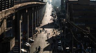Journée sans voiture le 3 février 2019 à Addis Abeba, la capitale éthiopienne dont le développement rapide ces dernières années s'est fait dansl'anarchie. (EDUARDO SOTERAS / AFP)