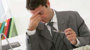 Selon une enquête, mercredi 11 juin, plus de quatre salariés sur dix se disent victimes d'incivilités au travail ce qui peut être source de souffrances. (CHASSENET / BSIP / AFP)