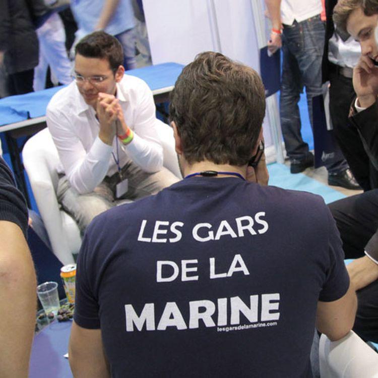 De jeunes militants participent à l'université d'été du Front National à Marseille (Bouches-du-Rhône), le 14 septembre 2013. (ELODIE DROUARD / FRANCETV INFO)
