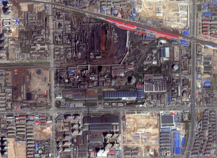 L'usine de Hebei Steel vue du ciel. (GOOGLE MAPS / FRANCETV INFO)