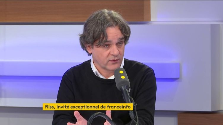 """Riss, patron de """"Charlie Hebdo"""", sur le plateau de franceinfo, le 1er novembre 2019. (FRANCEINFO / RADIOFRANCE)"""