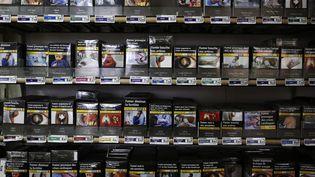 Dans un bureau de tabac, à Fervaches (Manche), le 5 décembre 2018. (CHARLY TRIBALLEAU / AFP)