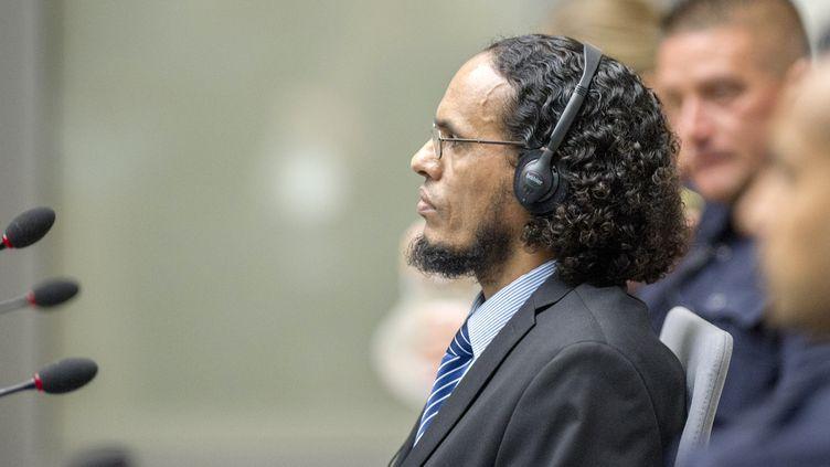 Amad al Mahdi, ici lors de son procès devant la CPI en 2016, a été précédemment condamné à 9 ans de prison pour des attaques contre des mausolées à Tombouctou, au Mali en 2012. (PATRICK POST / ANP / AFP)