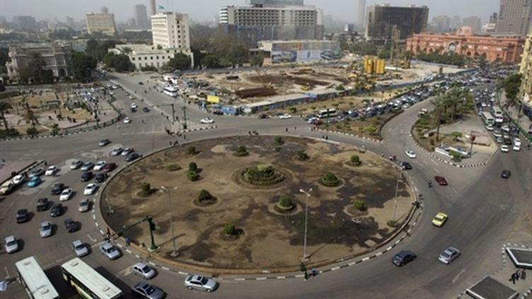 La circulation a repris sur la place Tahrir, au Caire (15 février 2011) (AFP / Pedro Ugarte)