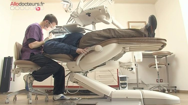 En 2015 un tiers des nouveaux chirurgiens-dentistes ont obtenu leur diplôme à l'étranger