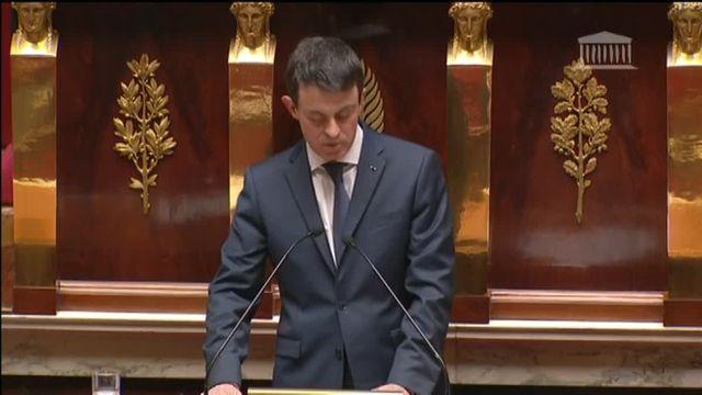 """Manuel Valls : """"La déchéance de nationalité fait partie intégrante de la République"""""""
