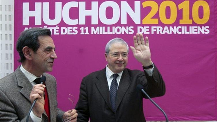 Jean-Paul Huchon et Jean-Paul Planchou, le 13 décembre lors du lancement de sa campagne pour les régionales. (AFP - François Guillot)