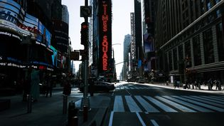 Le 9 octobre à New York, Times Square et Broadway sont presque vide alors que les spectacles qui font la vie du quartier sont suspendus jusqu'au 30 mai 2021 à cause du coronavirus. (SPENCER PLATT / GETTY IMAGES NORTH AMERICA)