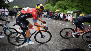 Le Belge Dylan Teuns de la formation Bahreïn Victorious photographié, lors de la 9e étapedu Tour de France, le 4 juillet. (PETE GODING / BELGA MAG / AFP)