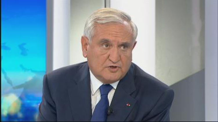 """Selon Jean-Pierre Raffarin, ce vote des grands électeurs est le signe que les """"territoires grondent"""" (F2)"""