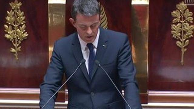 Migrants : Valls annonce des moyens supplémentaires et un possible retour des contrôles à nos frontières