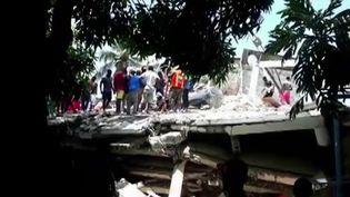 La terre a de nouveau tremblé en Haïti, samedi 14 août. Une secousse d'une magnitude de 7,2 sur l'échelle de Richter a fait des dégâts considérables, mais surtout des morts, bien que le bilan humain est encore incertain. (CAPTURE ECRAN FRANCE 2)