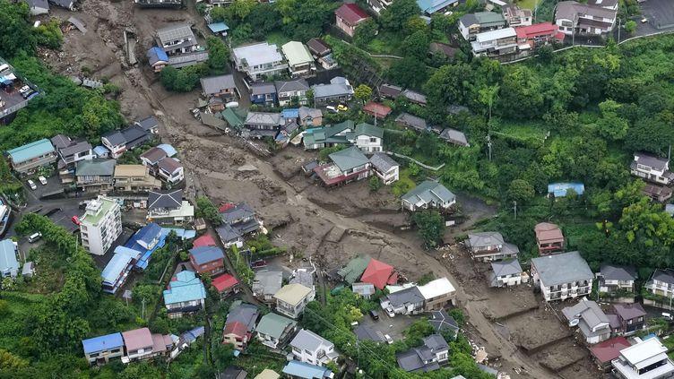 Une vue aérienne de lavilled'Atami(Japon) et des dégâts causés par une coulée de boue, le 4 juillet 2021. (AP / KYODO NEWS)