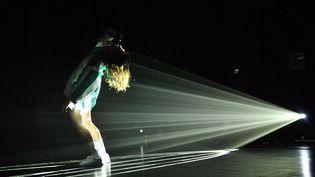 Aloïse Sauvage à la 34e édition du Festival Les Francofolies à La Rochelle, (2018). Elle sera sur scène le 18 septembre 2020 pour Les Inouïs du Printemps de Bourges. (XAVIER LEOTY / AFP)