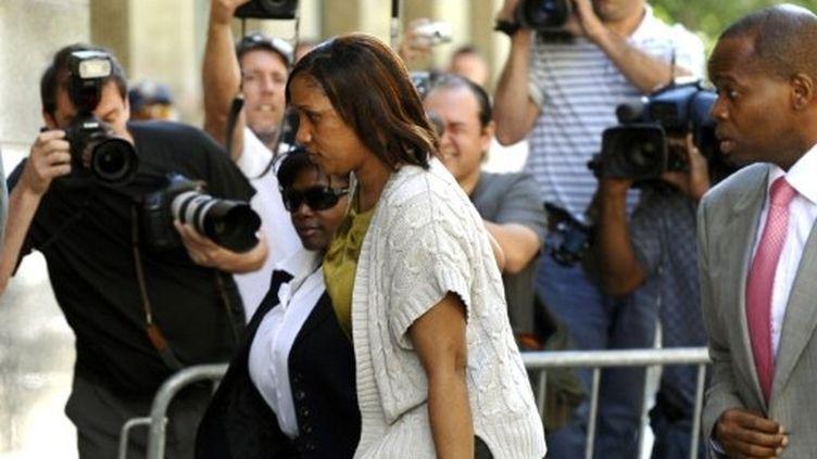 Nafissatou Diallo a rencontré mercredi pendant plusieurs heures le procureur de New York chargé de l'affaire DSK. (AFP - Timothy A. Clary)