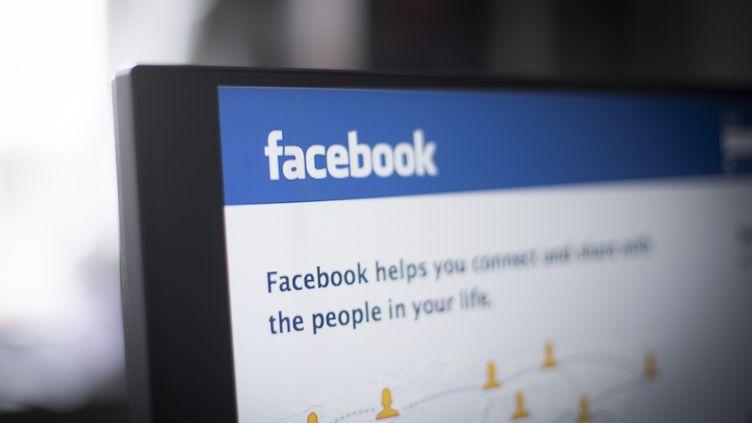 """L'ONG NationalWhistleblowers Centera étudié pendant cinq mois les pages Facebook de 3 000 utilisateurs qui avaient """"aimé"""" ou étaient liés à des organisations considérées comme terroristes. (JAAP ARRIENS / NURPHOTO / AFP)"""