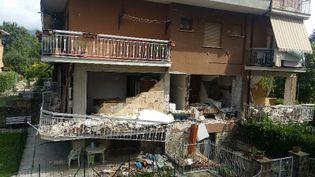 Un mois après le séisme, Amatrice, l'un des plus beaux villages d'Italie, est encore à l'état de ruines. (RADIO FRANCE / MATHILDE IMBERTY)
