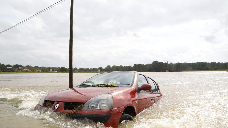 Des inondations dans le Gard, samedi 10 octobre. (BRUNO SOUILLARD / MAXPPP)