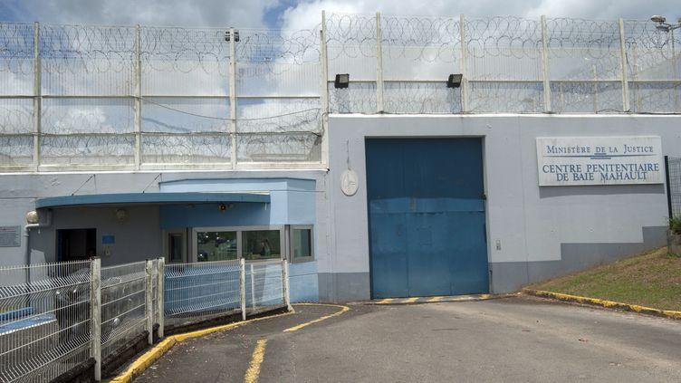 Le centre pénitentiaire deBaie-Mahault, en Guadeloupe, le 3 juillet 2016. (HELENE VALENZUELA / AFP)