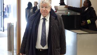 L'ex-PDG de France TélécomDidier Lombard arrive au tribunal de Paris, le 7 mai 2019. (YOAN VALAT / EPA / AFP)