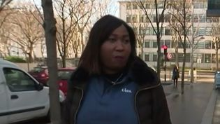 France 3 est allée à la rencontre d'une hôtesse de caisse de supermarché. Quelles sont ses difficultés et ses attentes, à quelques semaines de la présidentielle ? (France 3)