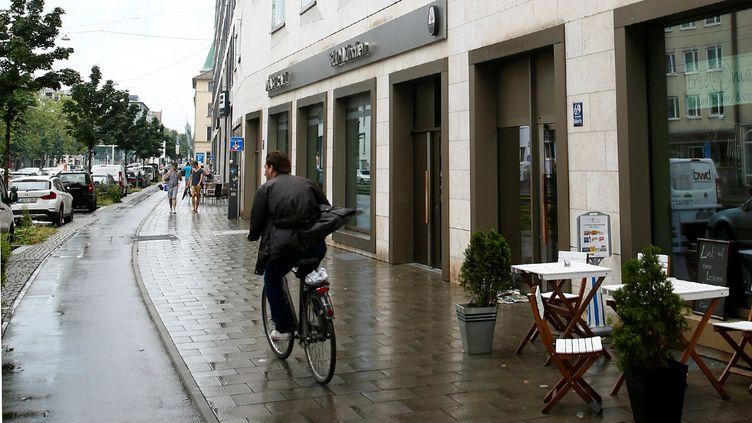 (L'immeuble où habitait David Ali Sonboly, l'homme qui a tué neuf personnes vendredi à Munich © REUTERS / Arnd Wiegmann)
