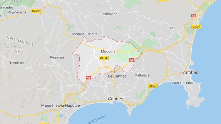 Le cadavre en partie brûlé d'une femme a été découvertle 25 décembre 2019 près d'un étang dans un parc de Mougins, dans les Alpes-Maritimes. (GOOGLE MAPS)