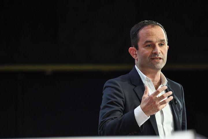 Benoît Hamon, tête de liste de Génération.s, lors d'un débat avec les autres têtes de liste, le 11 avril 2019, à Paris. (ANNE-CHRISTINE POUJOULAT / AFP)