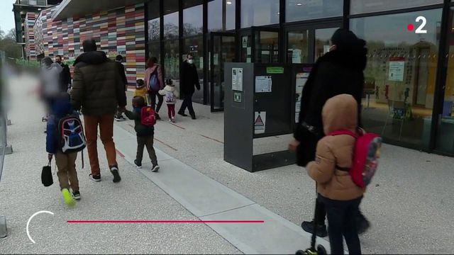 Covid-19 : sous tension, les écoles jonglent entre fermeture et réouverture