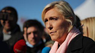 Marine Le Pen,candidate à la présidentielle pour le Rassemblement national lors d'une visite de campagne à Cavignac, le 30 septembre 2021. (ROMAIN PERROCHEAU / AFP)