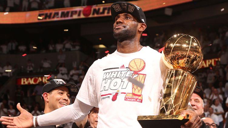 LeBron James, champion NBA 2013 (NATHANIEL S. BUTLER / NBAE / GETTY IMAGES)