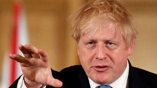 Le Premier ministre britannique Boris Johnson lors d'une conférence de presse sur le coronavirus, à Londres, le 19 mars 2020. (LEON NEAL / AFP)