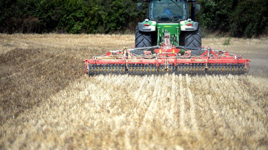 Pays de la Loire : les Jeunes agriculteurs déposent trois plaintes pour manquements à la loi Egalim