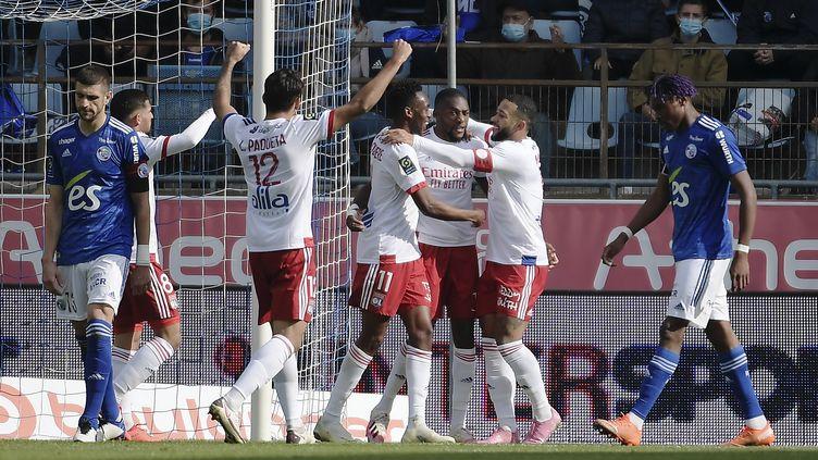L'Olympique Lyonnais déroule contre Strasbourg. (FREDERICK FLORIN / AFP)