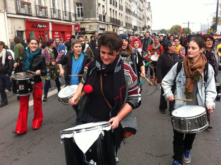 Des manifestants dans les rues de Nantes, samedi 22 novembre 2014. (CHRISTOPHE HILARY / FRANCE 3)